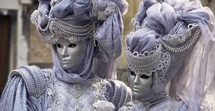 Laissez Les Bon Temps Rouler: Mardi Gras Parade Tips