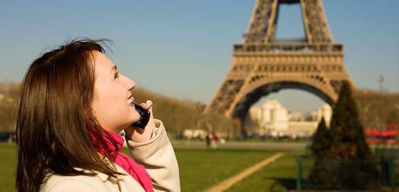 Call Waiting: Avoiding Phone Bills While Abroad